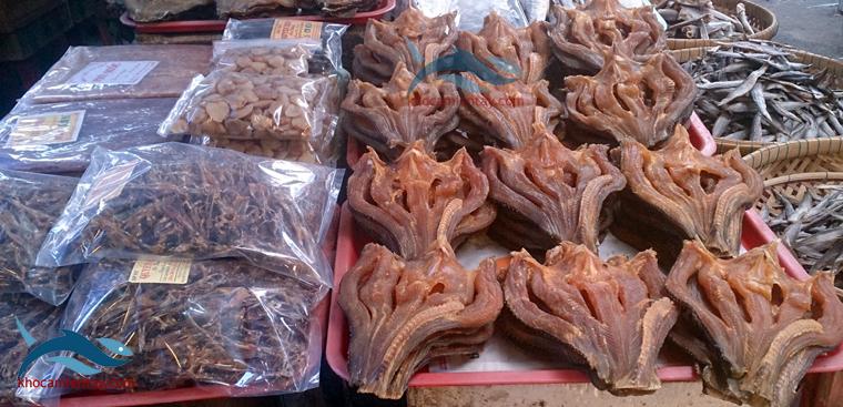 Khô cá miền tây đã trở thành thương hiệu quê hương